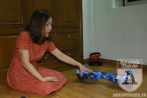 Chiếc xe điện tự cân bằng được chị Nguyễn Thanh Nga, ở Hoàng Mai, Hà Nội mua cho hai con trai chơi bỗng dưng phát nổ vào giữa trưa