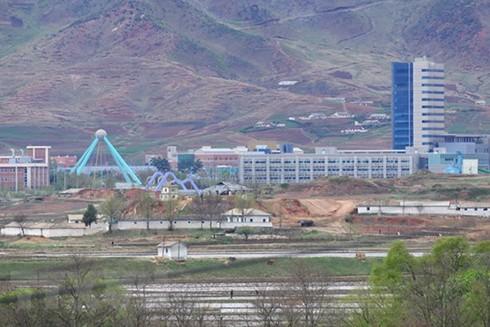 Toàn cảnh Khu công nghiệp chung Kaesong giữa hai miền Triều Tiên. (Nguồn: AFP/TTXVN)