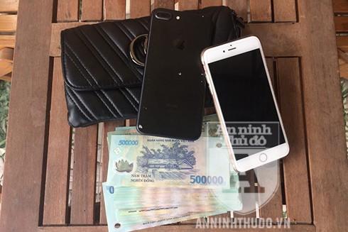Người phụ nữ 35 tuổi ở Hà Nội đã may mắn tìm lại được số tài sản trị giá hơn 200 triệu đồng nhờ có sự giúp đỡ của CAP Phan Chu Trinh