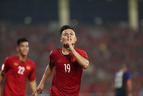 Quang Hải là cầu thủ đầu tiên được vinh dự góp mặt trong đề cử cầu thủ xuất sắc nhất Châu Á