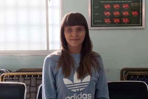 Cô gái mang quốc tịch Nga được xác định cầm đầu đường dâu môi giới mại dâm