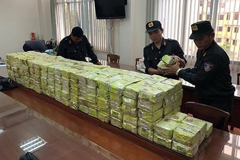 Cảnh sát đã chặn đứng vụ vận chuyển 270kg ma túy đá từ Việt Nam đi Philippines
