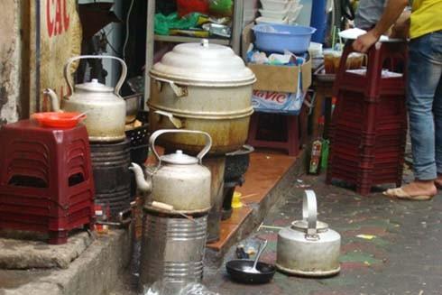 Việc loại bỏ bếp than tổ ong giúp giảm thiểu ô nhiễm không khí tại Hà Nội vốn đang diễn biến phức tạp