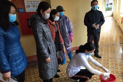 Các cơ sở giáo dục của tỉnh Quảng Ninh vệ sinh trường lớp trước khi đón học sinh quay lại trường