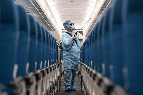 2 người nhiễm Covid-19 đi cùng chuyến bay với bệnh nhân số 17