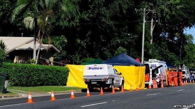 Cảnh sát đang phong tỏa ngôi nhà và điều tra vụ việc