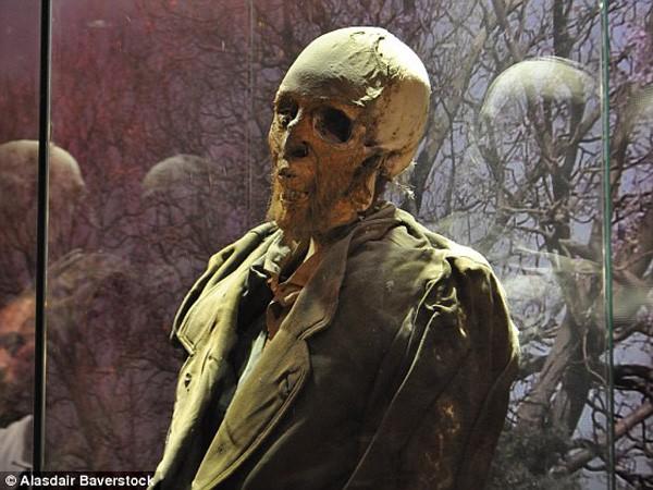 Sự rùng rợn ở bảo tàng xác ướp Guanajuato ảnh 6
