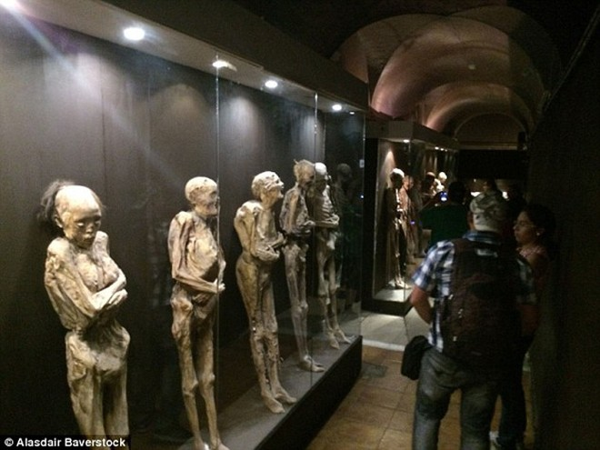 Sự rùng rợn ở bảo tàng xác ướp Guanajuato ảnh 3