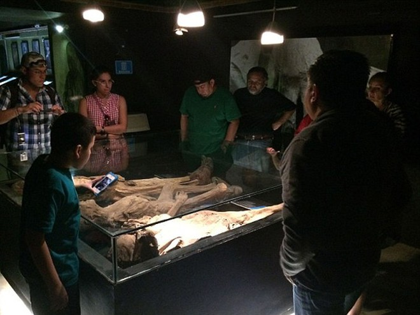 Sự rùng rợn ở bảo tàng xác ướp Guanajuato ảnh 5