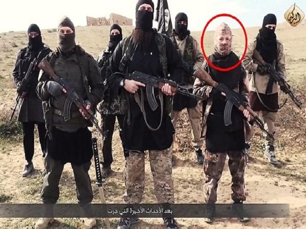 Pháp nghi ngờ nữ khủng bố Boumeddiene có mặt trong video mới của IS