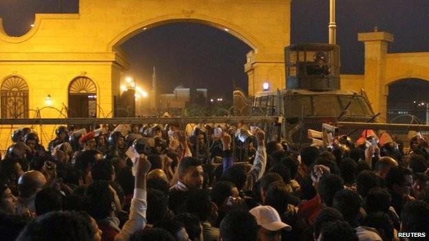 Nhóm cổ động viên Zamalek cáo buộc cảnh sát chỉ mở một lối cổng duy nhất