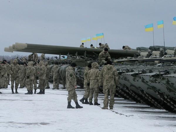 Ngoại trưởng Lithuanian: EU không nên gửi quân tới Ukraine, nhưng phải gửi vũ khí ảnh 1