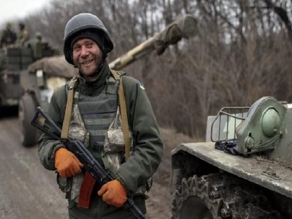 Việc rút các vũ khí hạng nặng từ hai bên xung đột là điều kiện hàng đầu cho lệnh ngừng bắn