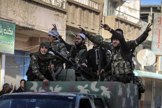 IS hoang mang khi người Kurd chiếm thị trấn Tel Hamis ảnh 1