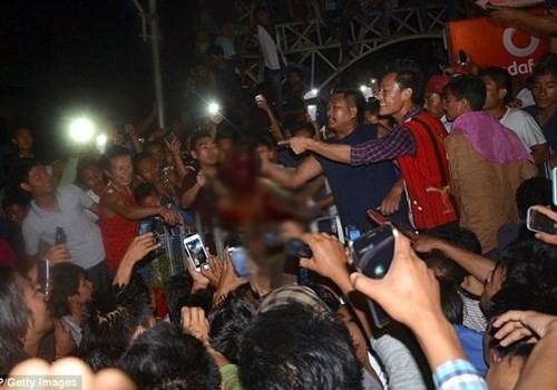 Ấn Độ: Bắt giữ 21 người vì đánh chết nghi phạm hiếp dâm ảnh 1