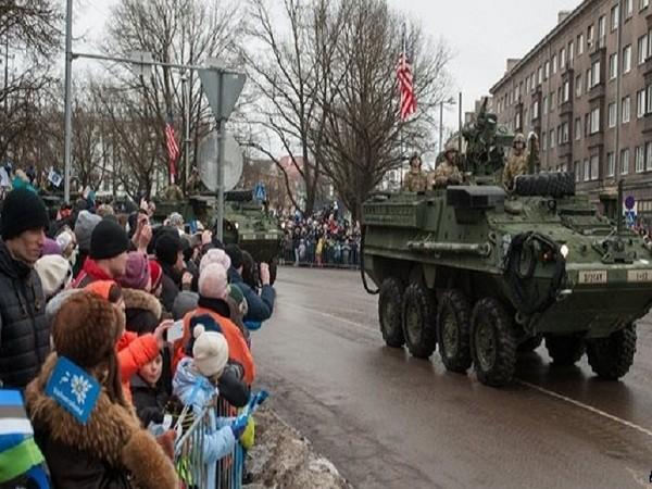 Tháng trước, quân đội Mỹ đã tham gia vào một cuộc diễu hành quân sự ở thành phố Narva của Estonia, sát biên giới Nga