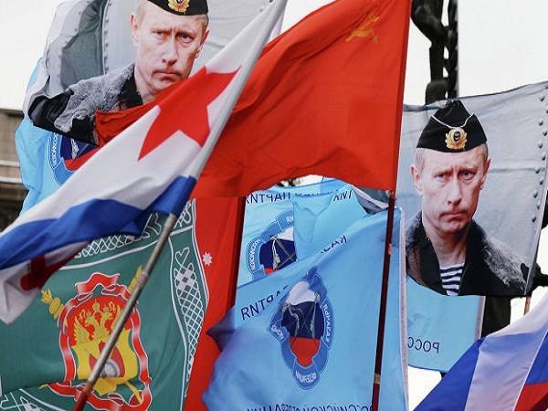 Hơn 350.000 người Nga tham gia lễ kỷ niệm một năm sáp nhập Crimea Tổng thống Nga cho rằng đây là một quyết định lịch sử của đất nước