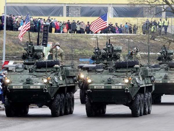"""NATO đang tìm cách """"khoe"""" sức mạnh gần biên giới Nga ảnh 1"""