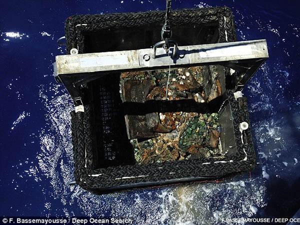 Trục vớt kho báu khổng lồ ở độ sâu hơn 5.000m sau 73 năm ảnh 7