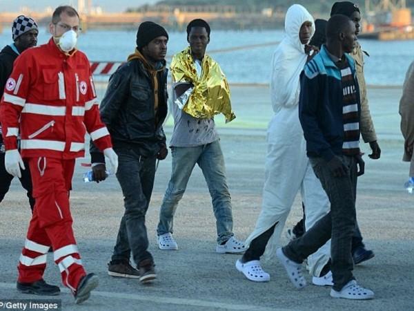 Đụng độ tôn giáo lúc di cư, người Hồi giáo ném 12 Kitô hữu xuống biển ảnh 2
