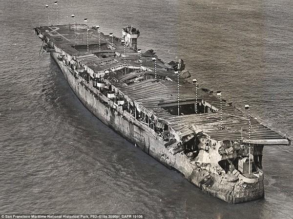 Tàu sân bay Mỹ nguyên vẹn dưới đáy biển sau hơn 6 thập kỷ ảnh 5