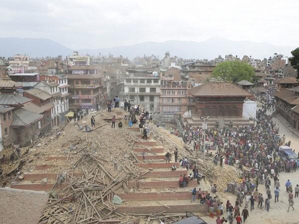 Thảm hoạ động đất tại Nepal: Số người chết đã lên tới 2.200 ảnh 2