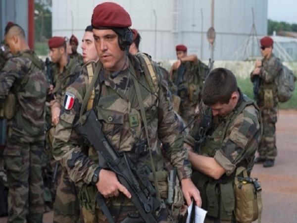 Tổng thống Pháp thề sẽ hành động mạnh nếu vụ việc được xác nhận