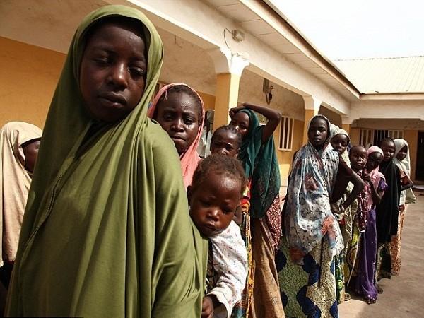 """Phụ nữ Nigeria trở thành """"cỗ máy tình dục"""" trong tay Boko Haram ảnh 1"""