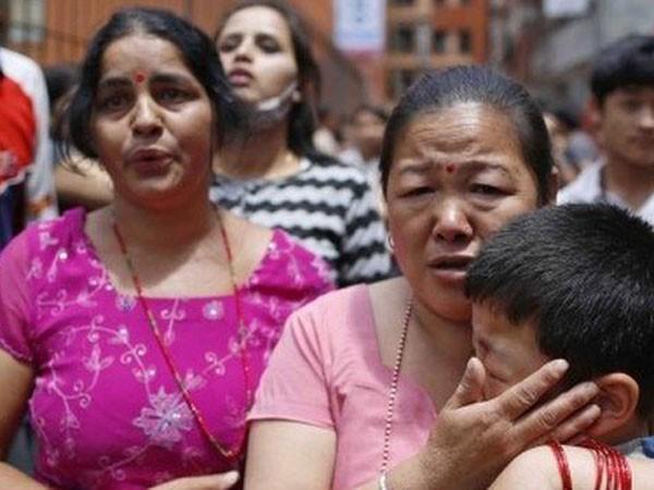 Động đất rung chuyển Nepal, 42 người chết hơn 1.000 người bị thương ảnh 1