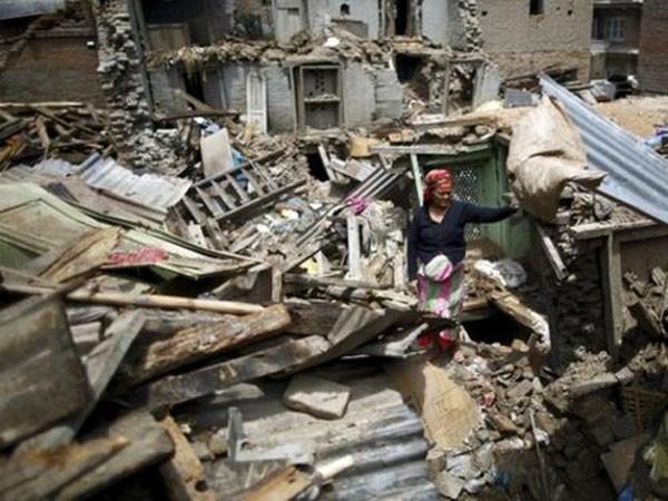 Động đất rung chuyển Nepal, 42 người chết hơn 1.000 người bị thương ảnh 2