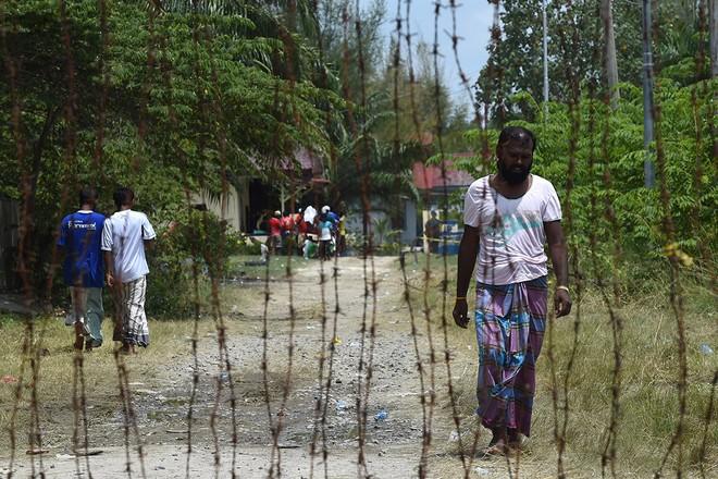 Cuộc sống bên trong trại tị nạn của người di cư Đông Nam Á ảnh 6