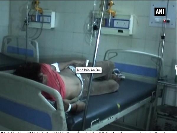 Nhà báo Ấn Độ bị hành hung, kéo lê bằng xe máy trên đường phố ảnh 1