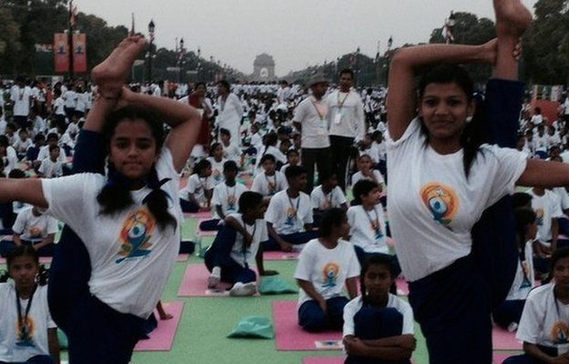Thủ tướng Ấn Độ hào hứng tập Yoga, xác lập kỷ lục thế giới ảnh 2