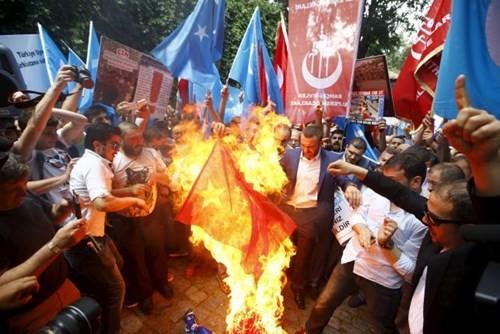 Bắc Kinh cảnh báo công dân sau vụ biểu tình chống Trung Quốc ở Thổ Nhĩ Kỳ ảnh 2