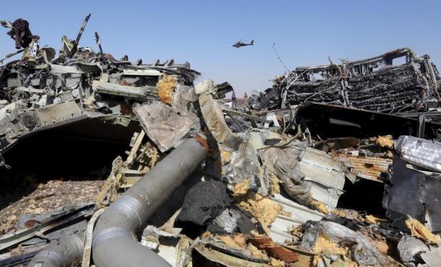 Anh: Khả năng IS gài bom trên máy bay Nga bị rơi ở Ai Cập là rất cao ảnh 2