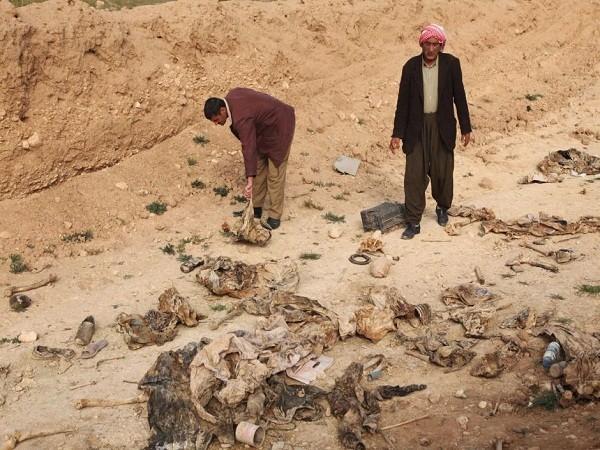 Giới chức Sinjar cho biết ngôi mộ tập thể phát hiện hôm 27-11 lớn nhất từ trước đến nay