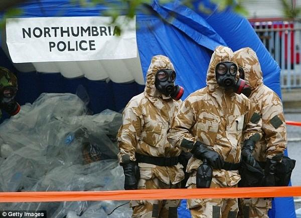 IS tuyển chuyên gia hóa học nhằm tấn công châu Âu bằng vũ khí hủy diệt hàng loạt ảnh 2