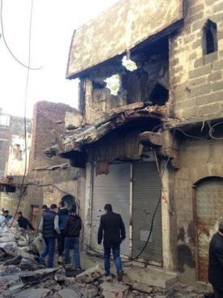 Hơn 100 chiến binh người Kurd và 5 dân thường bị thiệt mạng trong cuộc tấn công