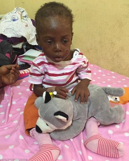 """Hình ảnh em bé Nigeria """"phù thủy"""" gây chấn động toàn cầu ảnh 10"""