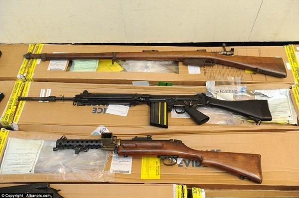 Mục sở thị kho vũ khí bất hợp pháp gần 500 khẩu súng, 200.000 viên đạn ảnh 5