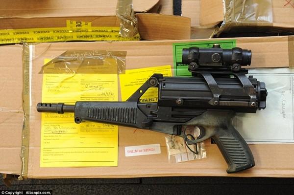 Mục sở thị kho vũ khí bất hợp pháp gần 500 khẩu súng, 200.000 viên đạn ảnh 8