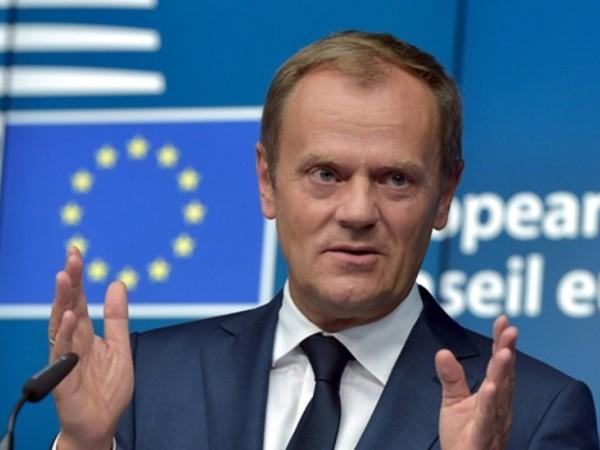 """Chủ tịch Hội đồng EU, Donald Tusk cảnh báo người tị nạn: """"Đừng đến châu Âu nữa..."""""""