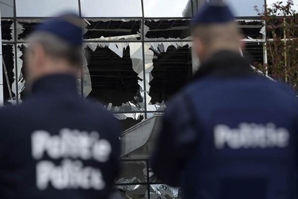 """Rùng mình cảnh """"bom đinh"""" tàn phá cơ thể nạn nhân vụ khủng bố ở Bỉ ảnh 2"""