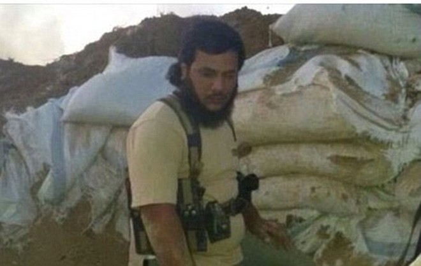 Tổ chức theo dõi Nhân quyền đã lên án hành động mất nhân tính của Abu Sakkar như một tội ác chiến tranh