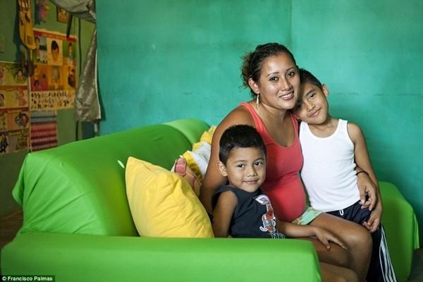 Martha hiện có 3 đứa con trai riêng từ 3 người đàn ông khác nhau, đứa đầu tiên hiện sống với ông bà nội
