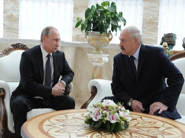 Cuộc trò chuyện của cả hai vô tình được ghi lại và đang lan truyền trên mạng xã hội Nga