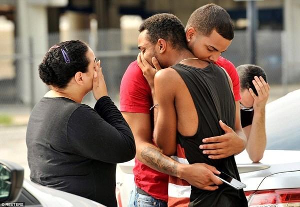 IS nhận trách nhiệm vụ xả súng kinh hoàng tại hộp đêm đồng tính ở Mỹ