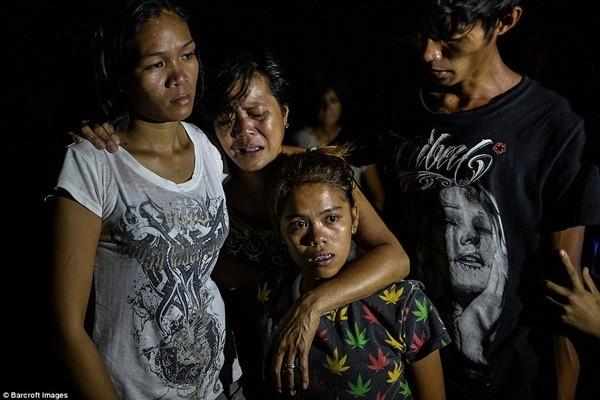 Người phụ nữ đau lòng trước cái chết của người thân trong gia đình vì ma túy
