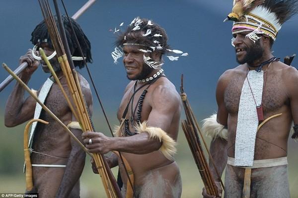 Bộ tộc ướp xác người chết bằng khói, giữ nguyên vẹn hàng trăm năm ảnh 7