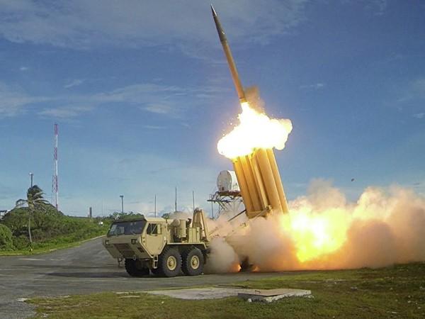 """Mỹ """"sốt vó"""" chạy đua vũ khí với Nga và Trung Quốc ảnh 1"""